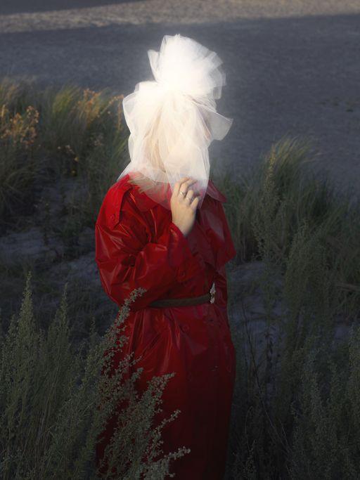 CHRIS CALMER SHE · EDITORIAL · PSVIEW.CC